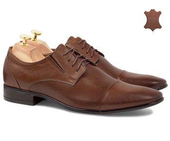a425e3a10ab01 Komfortowe buty wizytowe z gumową wstawką i tłoczeniem Ryan brązowe