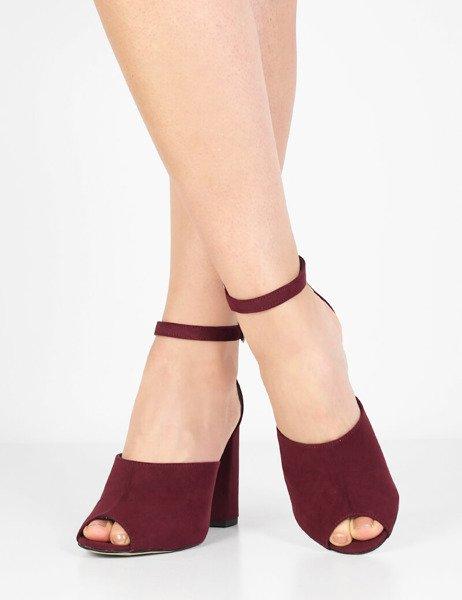 4f56f8b8778765 Modne zamszowe sandały na wysokim słupku Marika bordowe - brilu.pl