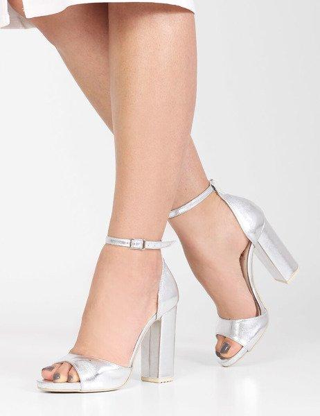783b81e986b1b4 Ślubne błyszczące sandały na platformie Valencia srebrne   Sklep ...